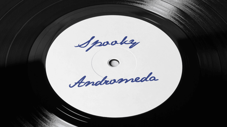 Spooky-Andromeda_Vinyl-white-label-centre-large
